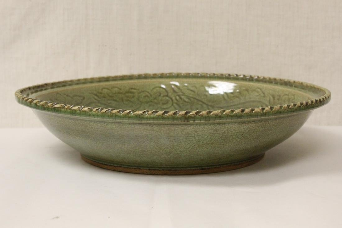 Large Chinese Song style celadon charger - 3