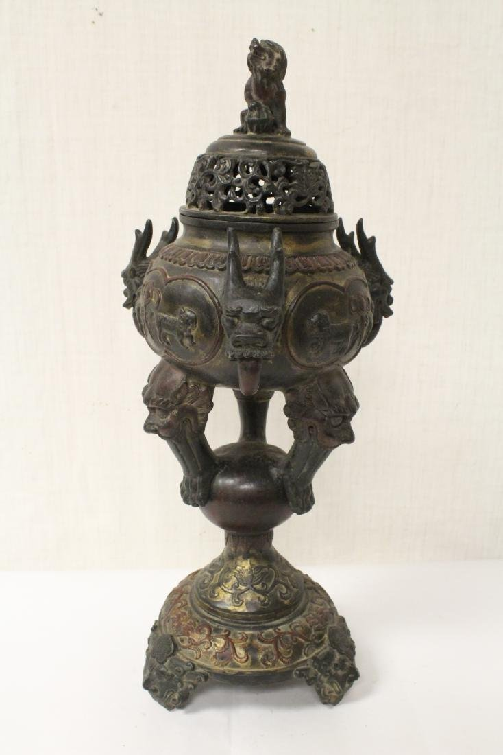 A very ornate Chinese bronze censer - 6