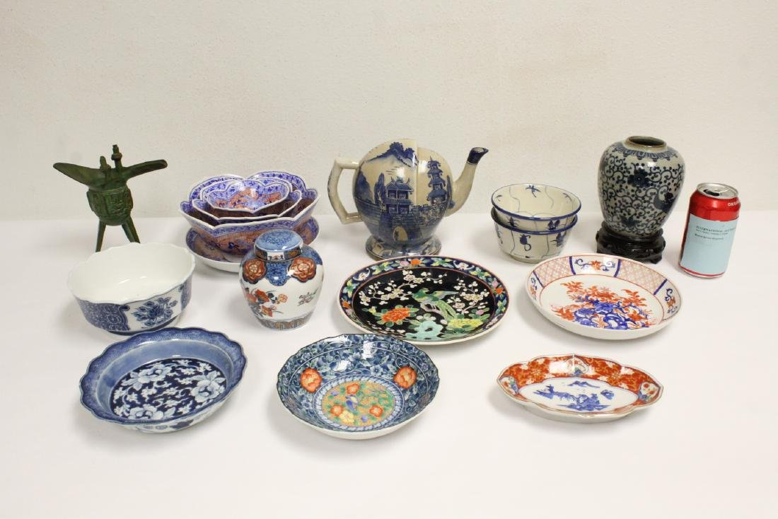 Large lot of Japanese porcelain pc, & a bronze jue