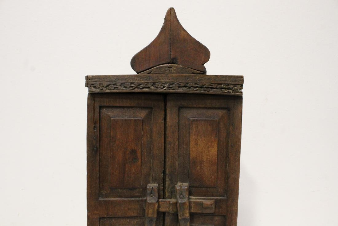 18th century Spanish colonial bookcase - 6