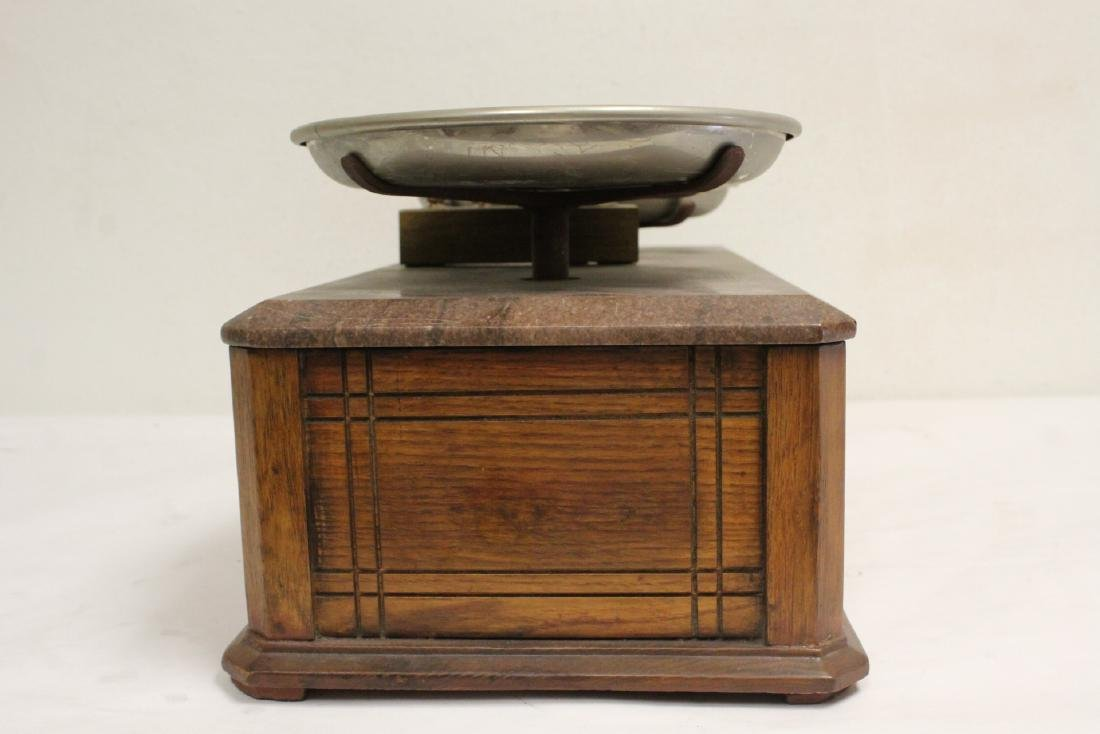 Victorian balance with weights - 4