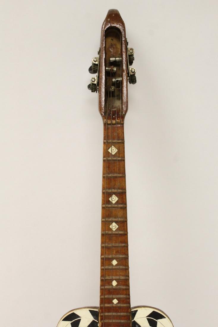 Victorian ukulele - 3