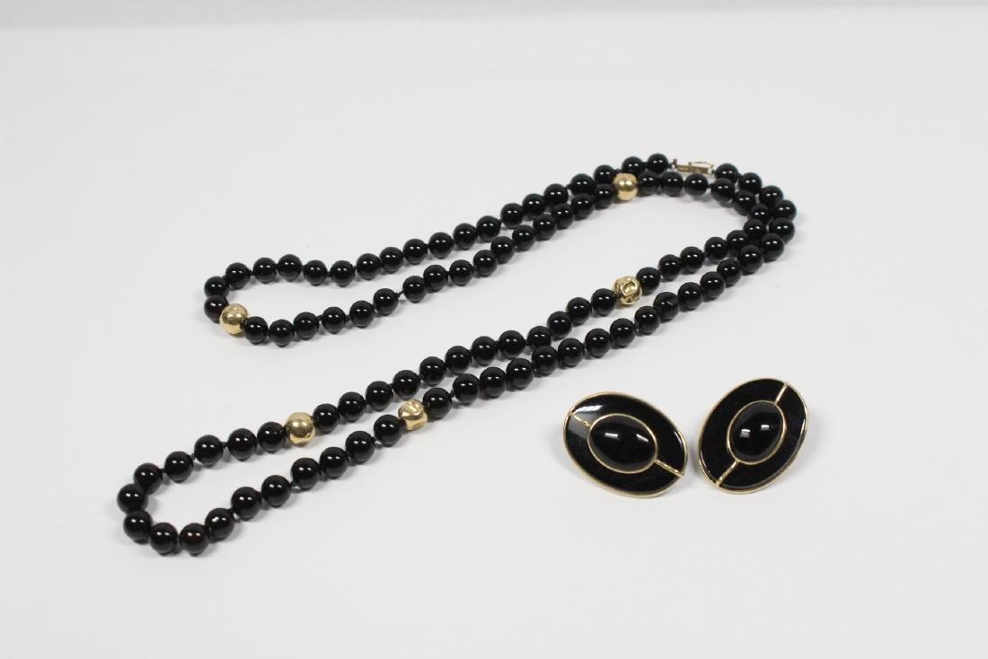 Pr 14K onyx earrings, & a onyx & gold bead necklace