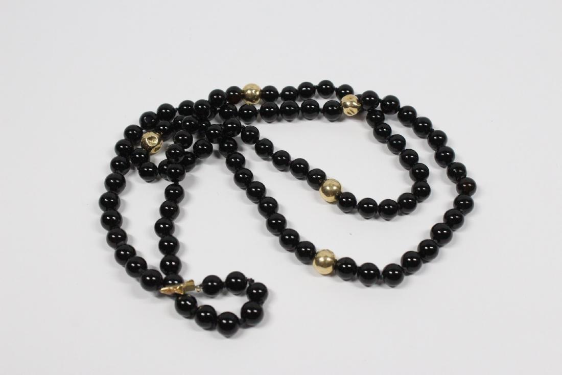 Pr 14K onyx earrings, & a onyx & gold bead necklace - 3