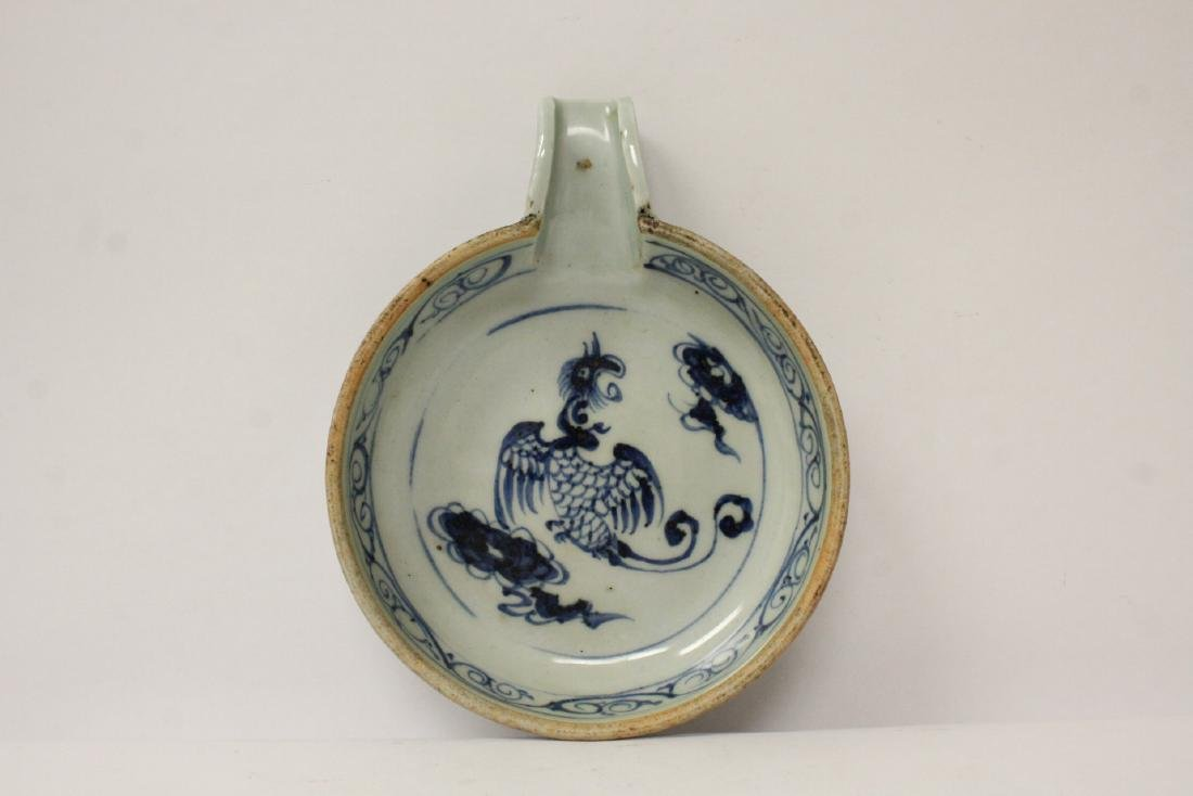 Chinese antique blue and white water dripper - 7