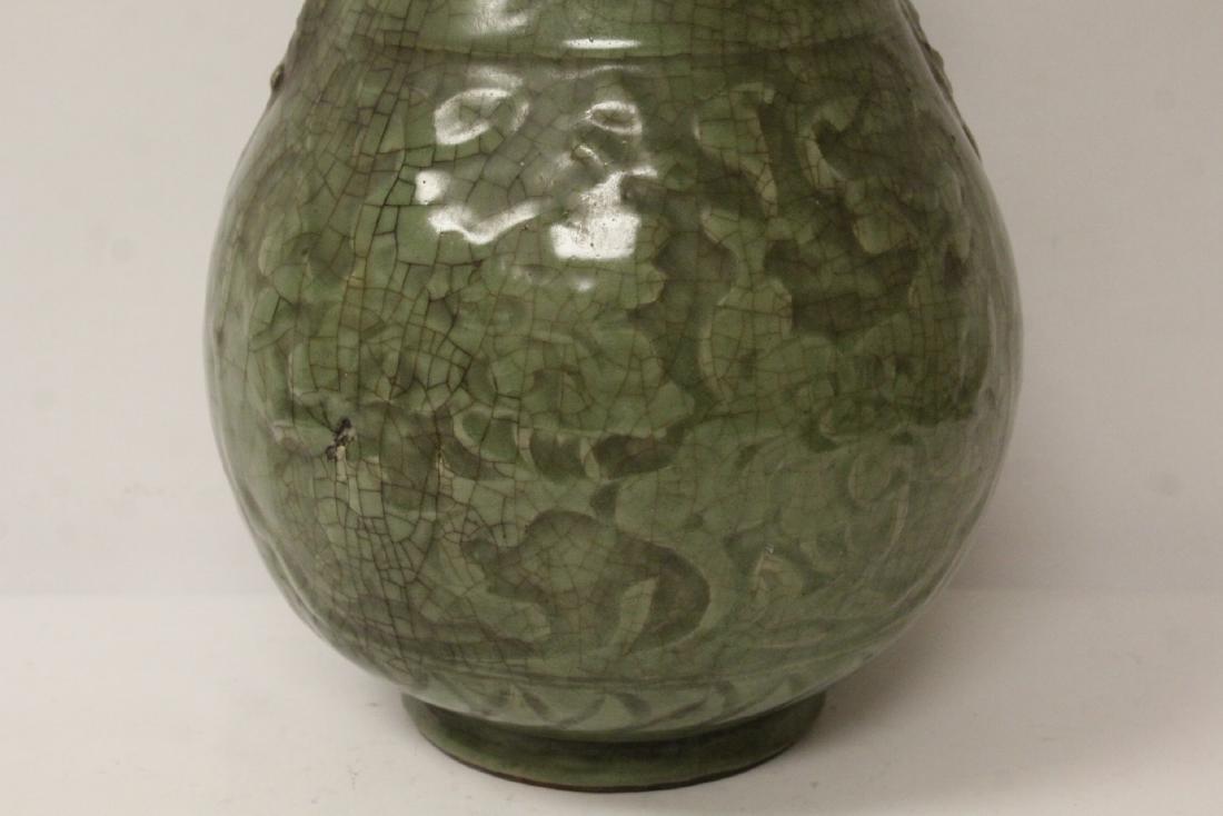A large Song style celadon porcelain vase - 3