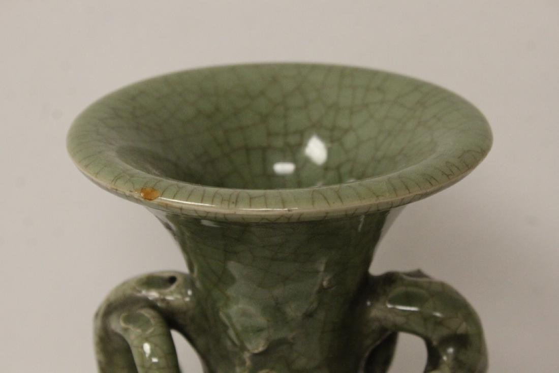 A large Song style celadon porcelain vase - 7