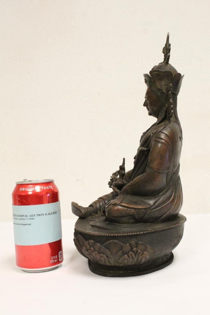 Chinese bronze sculpture of seated Buddha - 2
