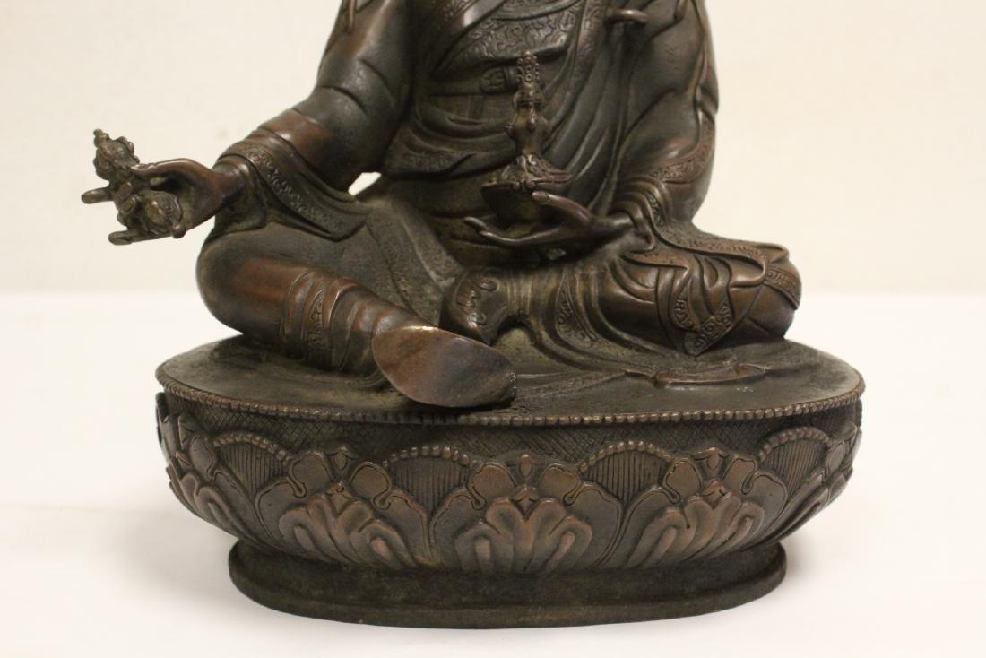 Chinese bronze sculpture of seated Buddha - 7