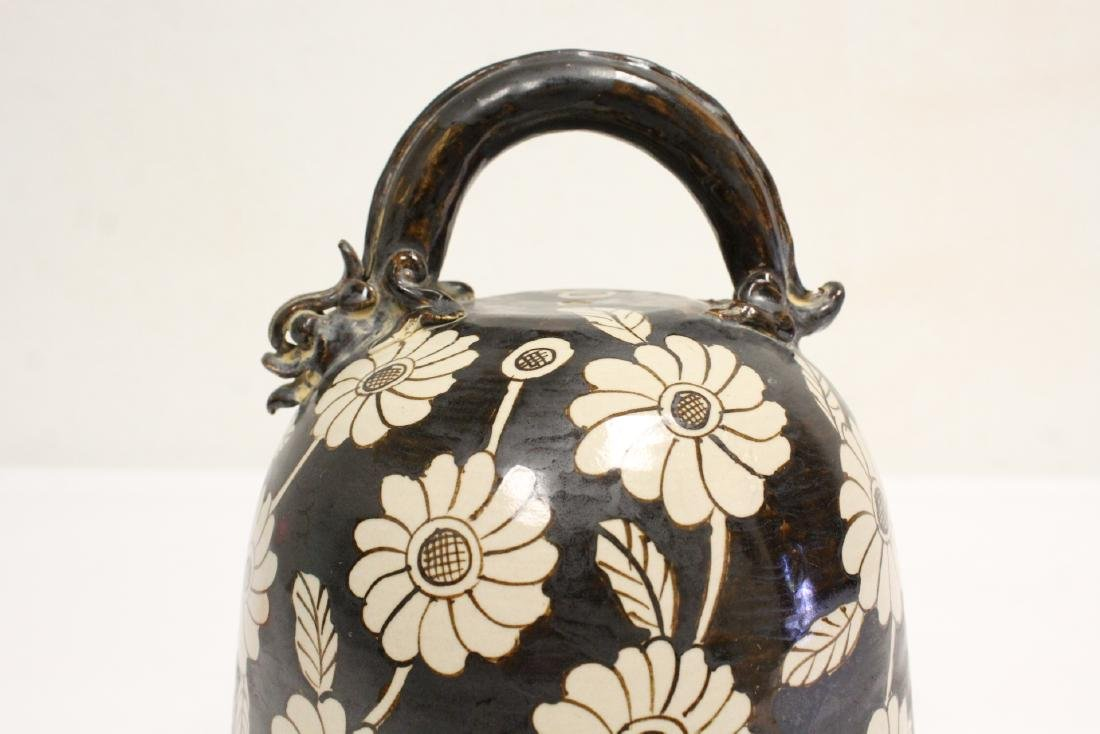 Song style pottery bell - 6