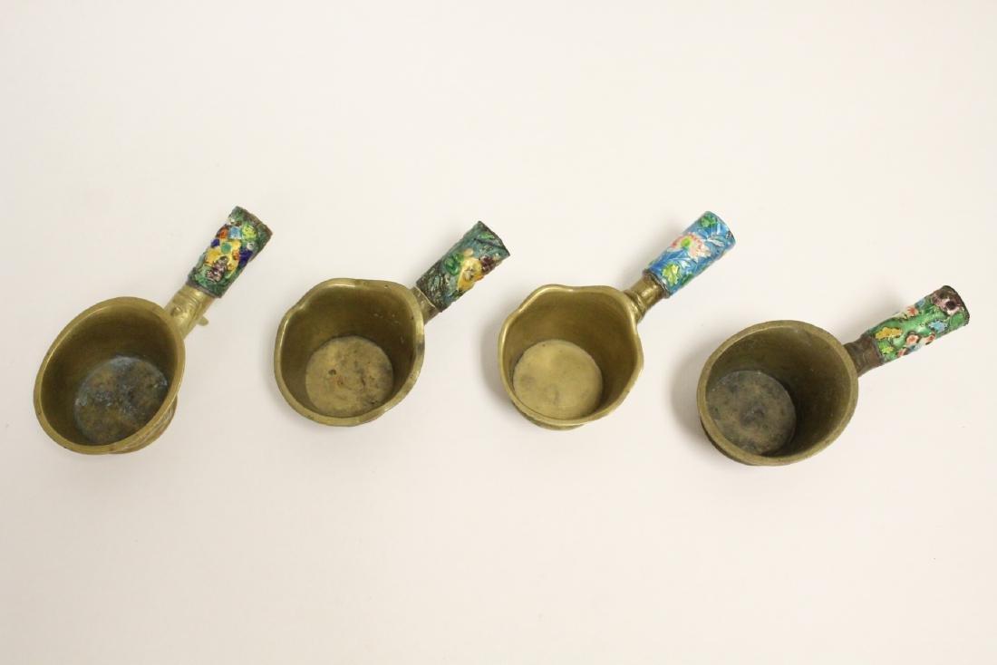A heavy brass vase, a teapot, 4 irons - 10