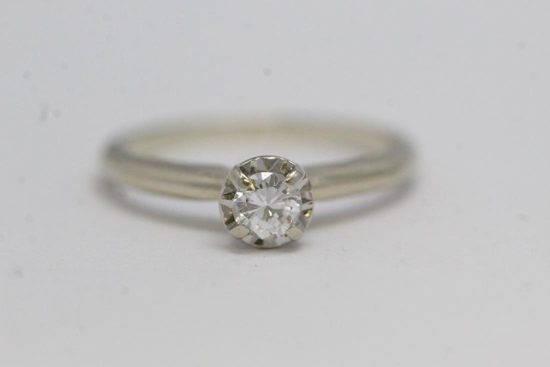 14K W/G diamond ring - 8