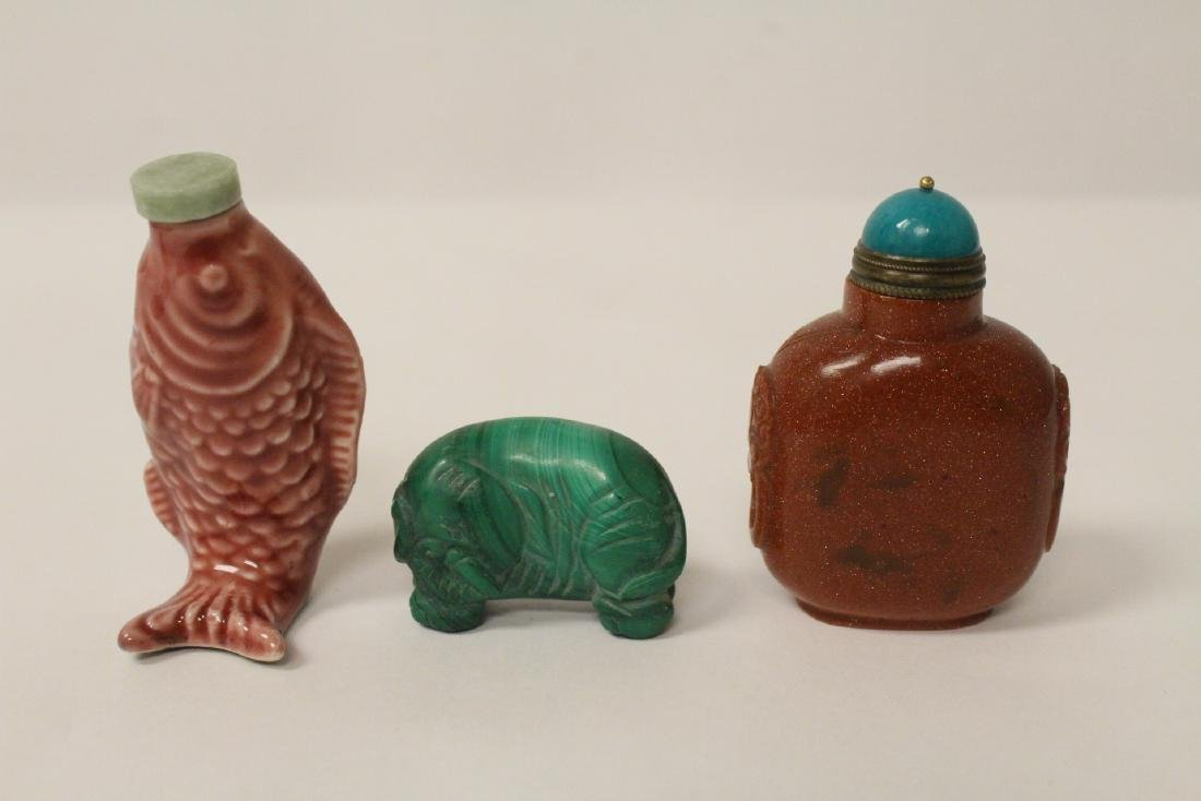 2 snuff bottles a miniature malachite carved elephant
