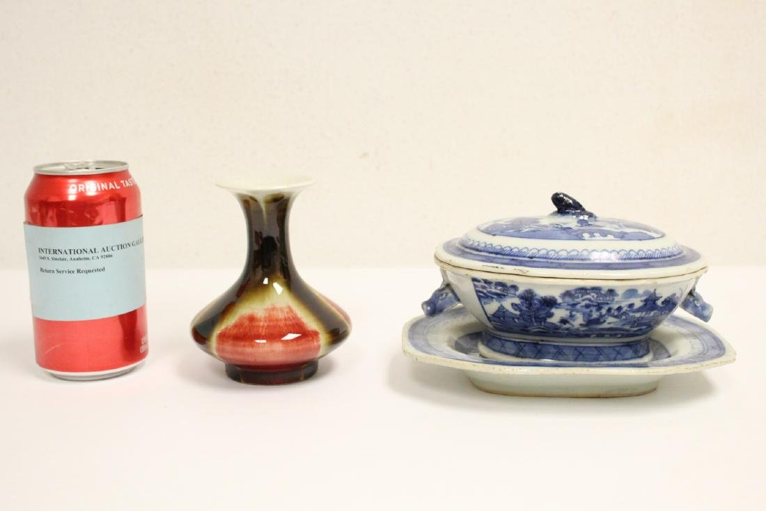18th c. Chinese export b&w tureen, and a small vase