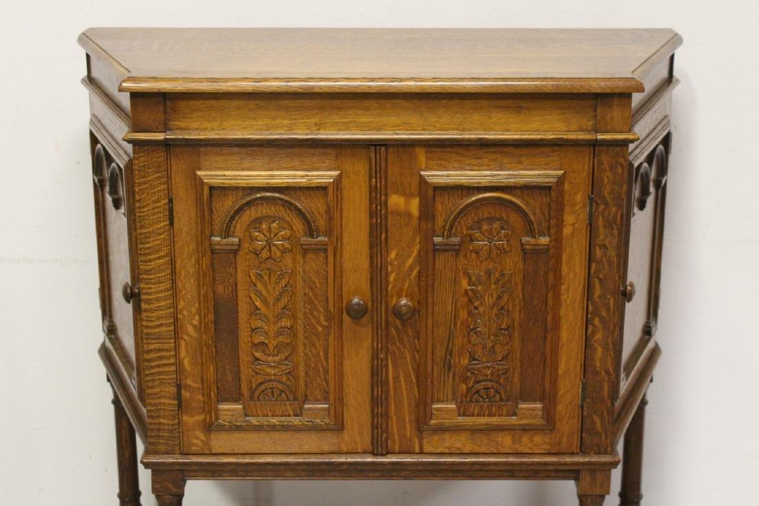 Victorian tiger oak cabinet - 3