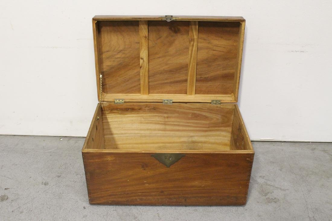 Mahogany trunk, and a painted wood trunk - 7