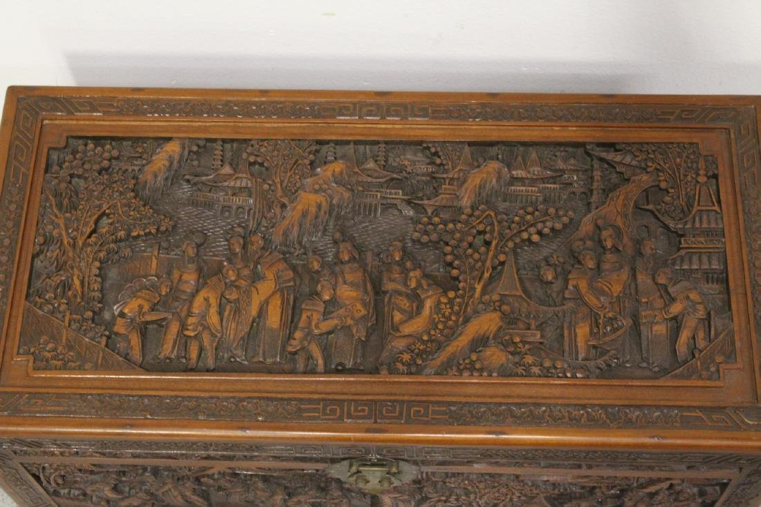 Antique Chinese carved camphor wood trunk - 4