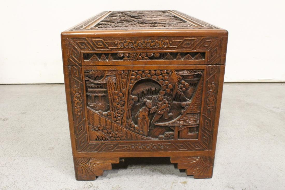 Antique Chinese carved camphor wood trunk - 9