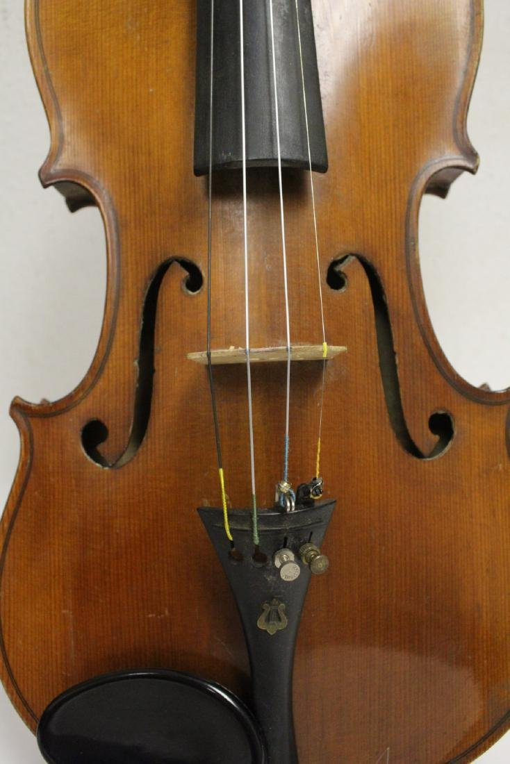 Antique violin with bow - 10