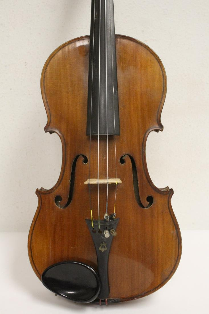 Antique violin with bow - 5