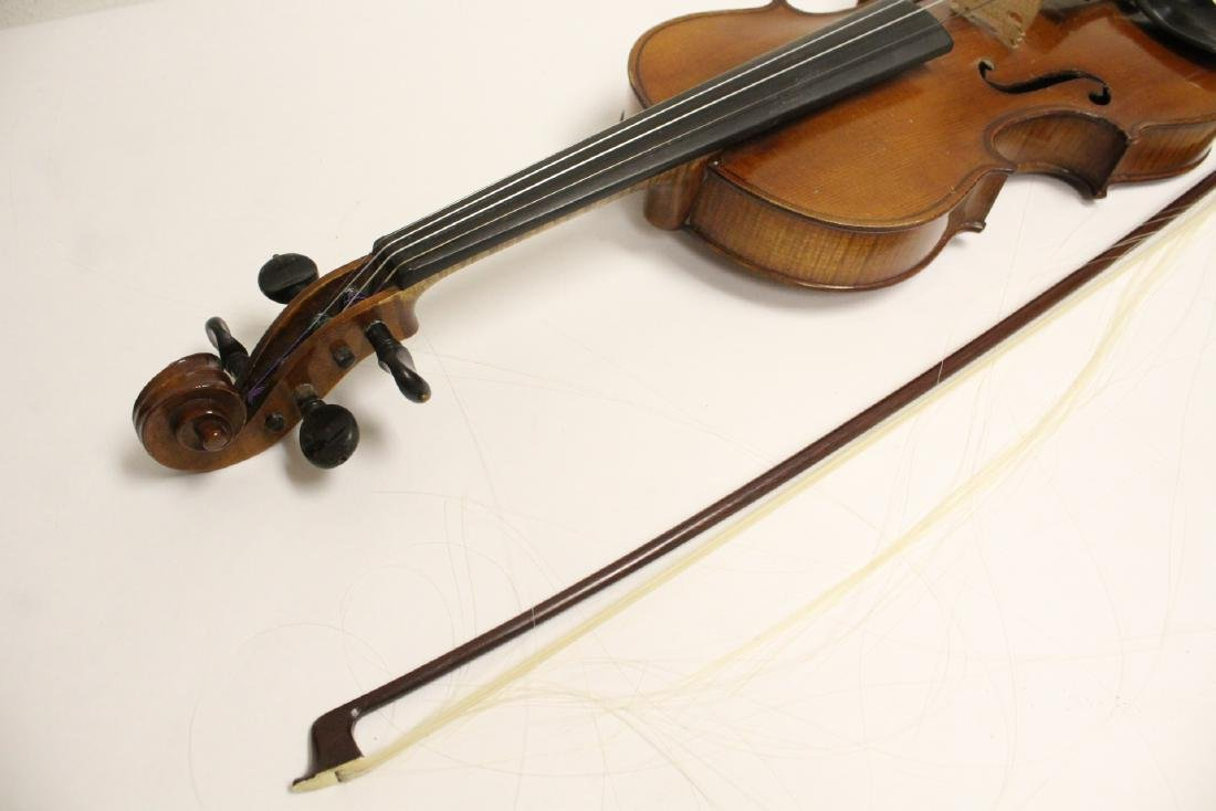 Antique violin with bow - 8