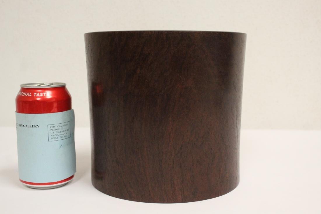 important Chinese vintage zitan wood brush holder - 2