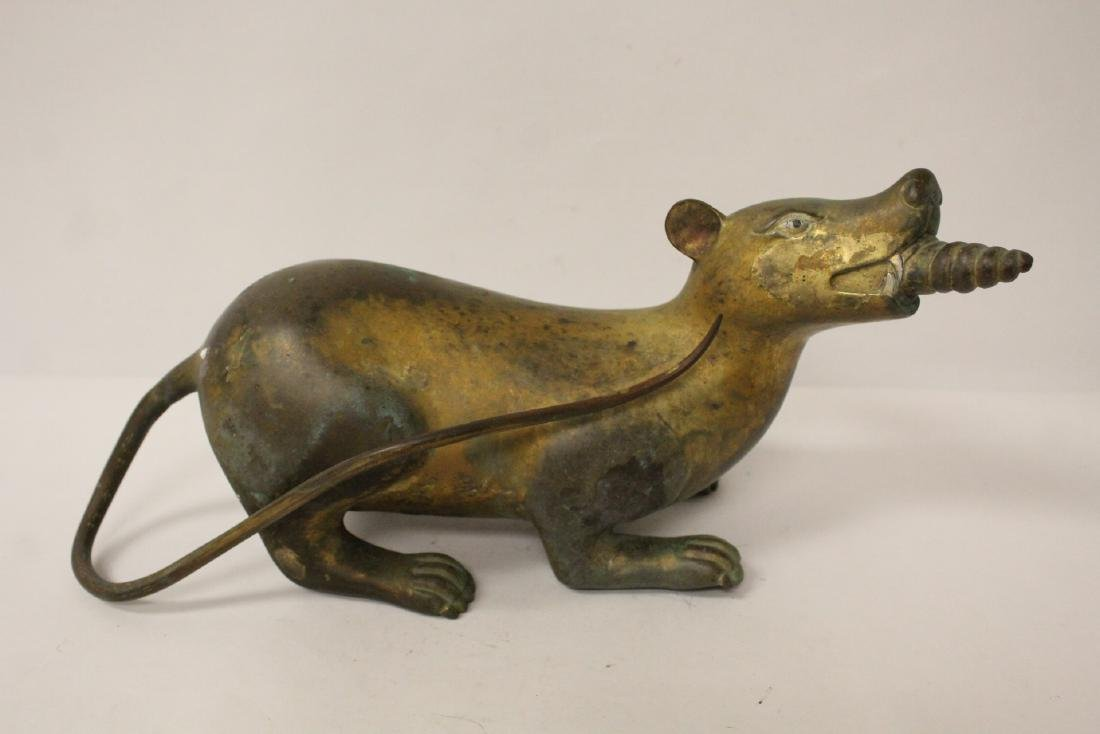 Pair rare Tibetan gilt bronze treasure mice - 2