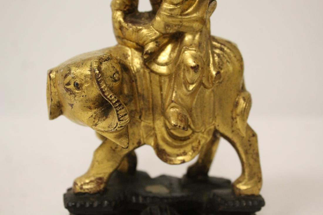 Chinese antique gilt wood sculpture - 9