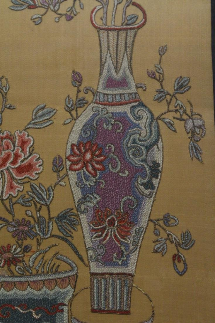 Fine Chinese antique framed embroidery panel - 10