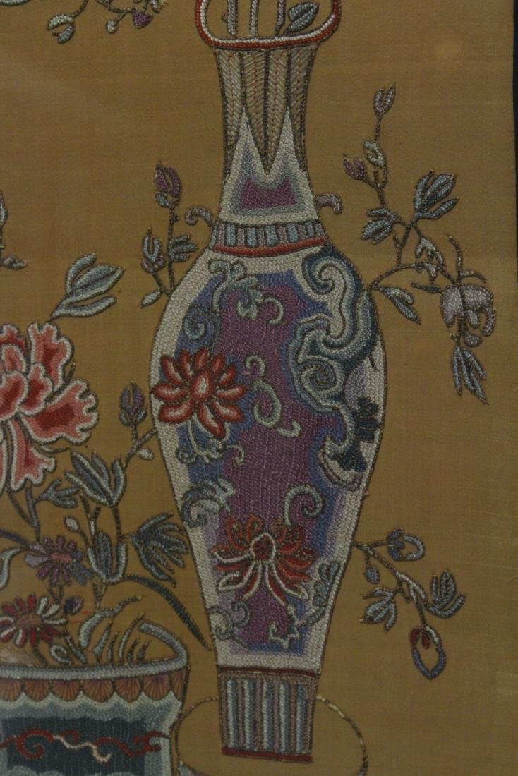 Fine Chinese antique framed embroidery panel - 6