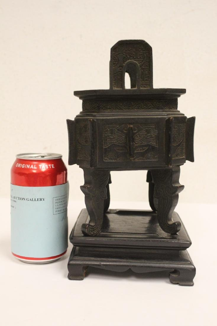 important Chinese antique bronze censer with stand - 2