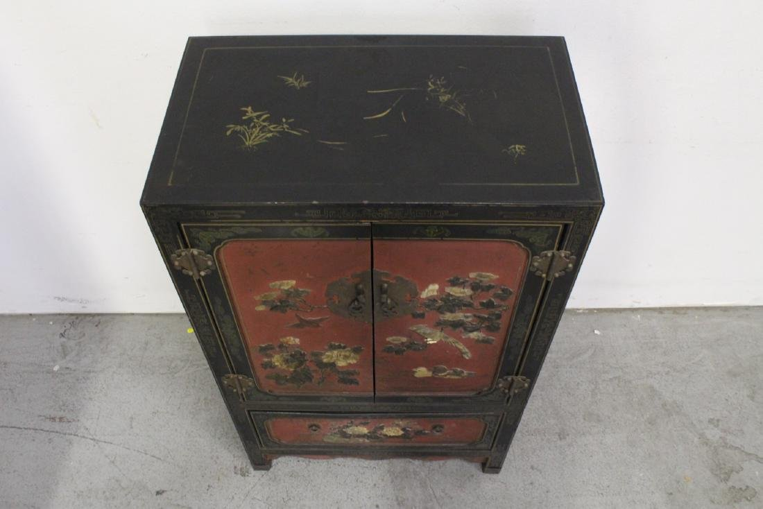 Chinese lacquer cabinet with stone overlay - 10