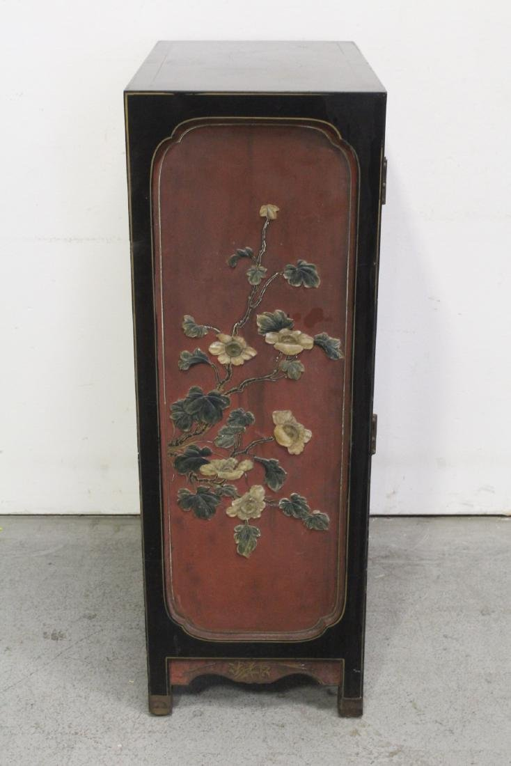 Chinese lacquer cabinet with stone overlay - 8