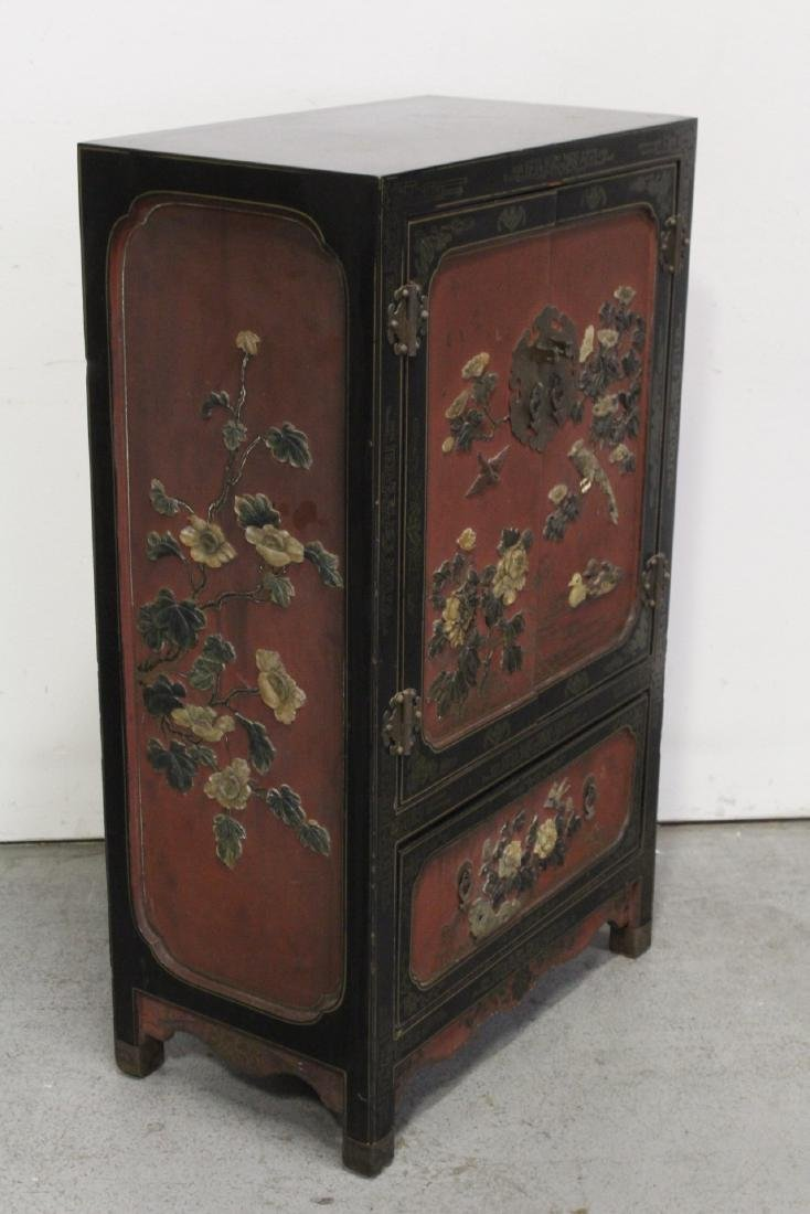 Chinese lacquer cabinet with stone overlay - 9