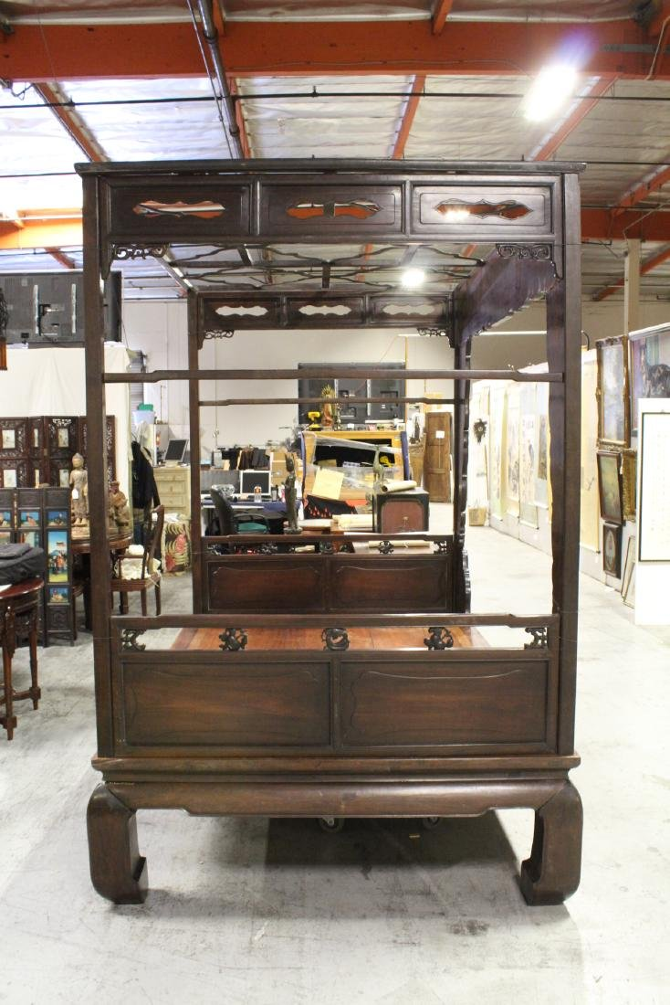 Chinese 18th/19th c. heavy rosewood canopy bed - 10