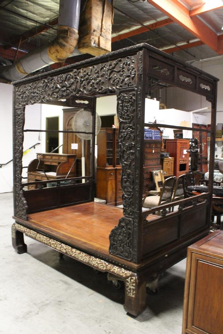 Chinese 18th/19th c. heavy rosewood canopy bed - 2