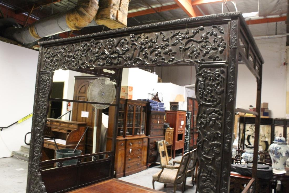 Chinese 18th/19th c. heavy rosewood canopy bed - 3