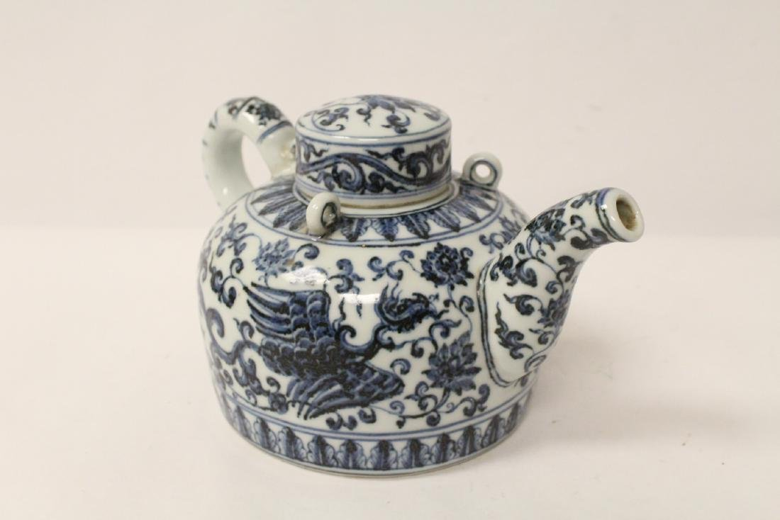 Chinese blue and white porcelain teapot - 2