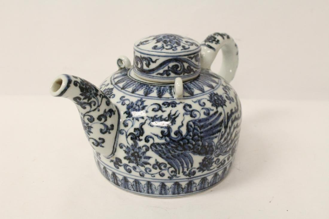 Chinese blue and white porcelain teapot - 3
