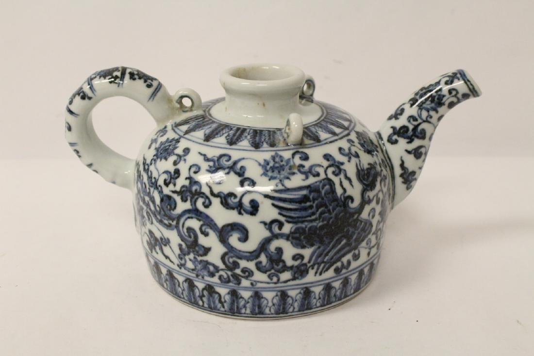 Chinese blue and white porcelain teapot - 6