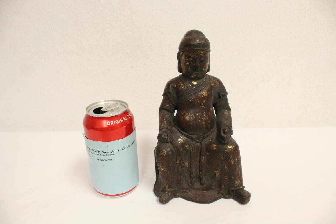 Chinese bronze sculpture of seated monk - 2
