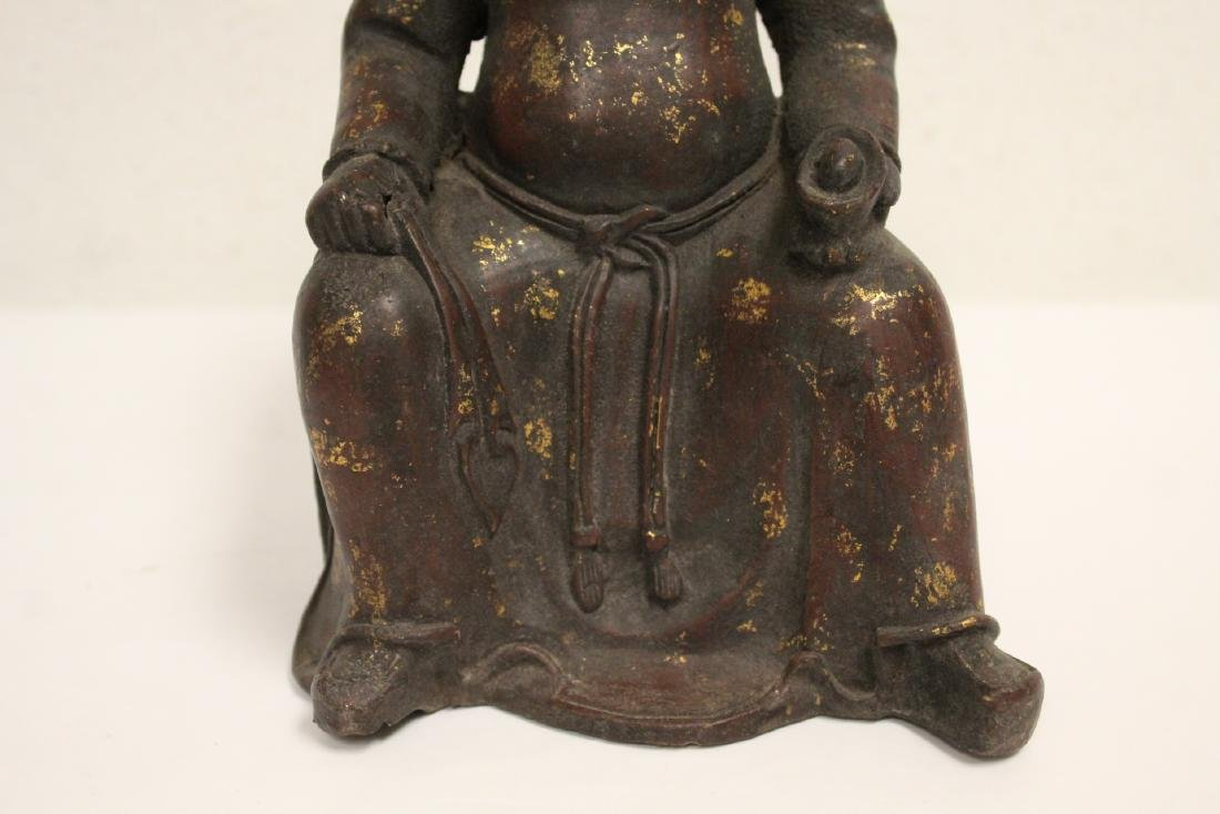 Chinese bronze sculpture of seated monk - 3