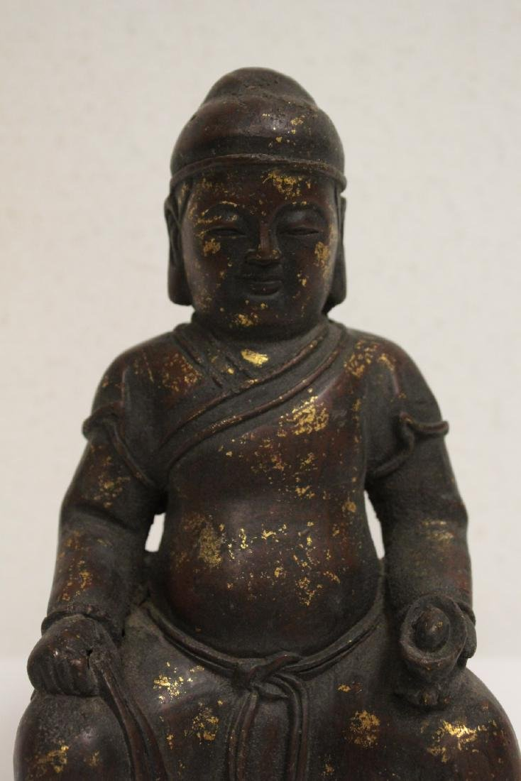Chinese bronze sculpture of seated monk - 4