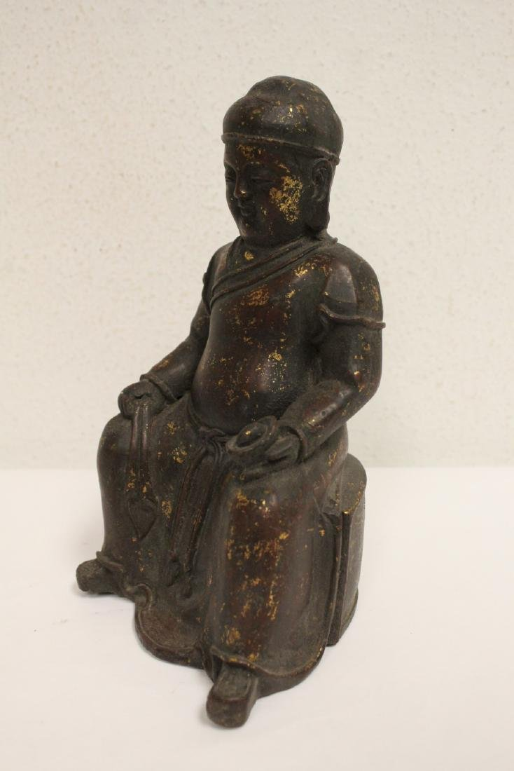 Chinese bronze sculpture of seated monk - 5