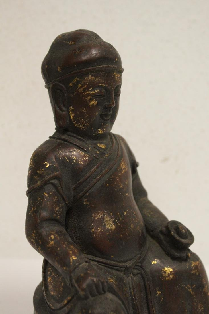 Chinese bronze sculpture of seated monk - 7