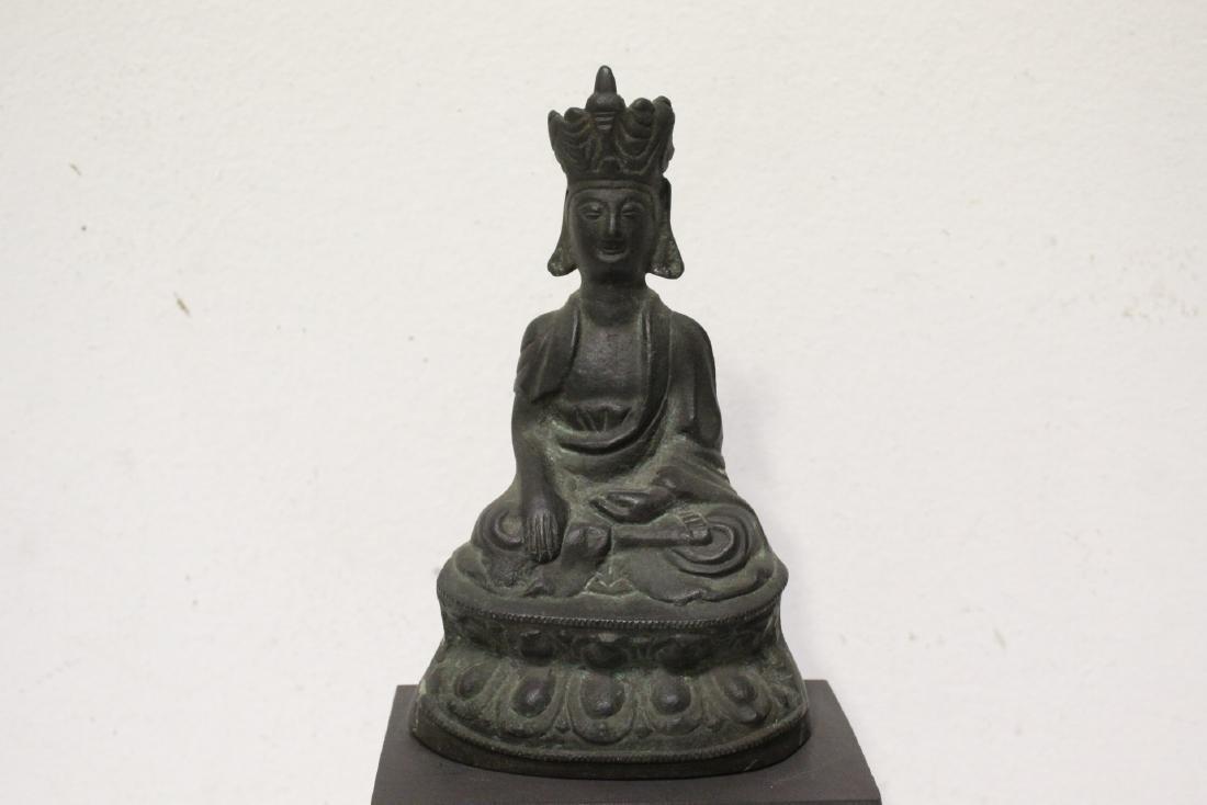 Bronze sculpture of seated Buddha - 2