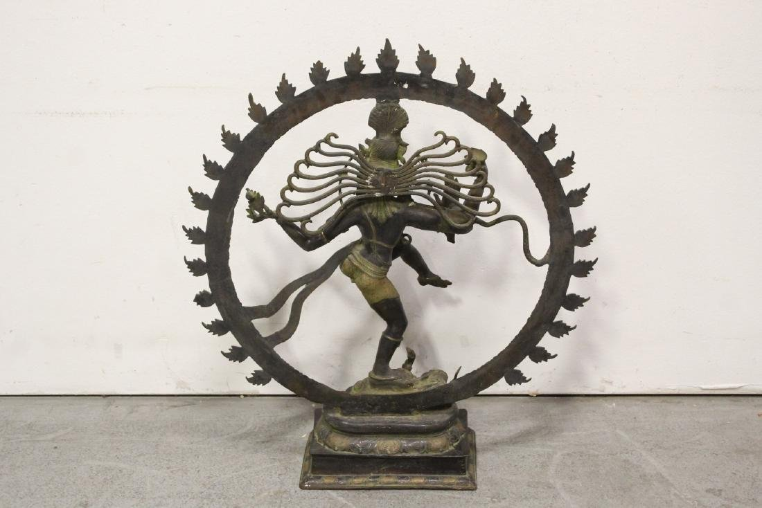 An important massive India bronze sculpture - 10