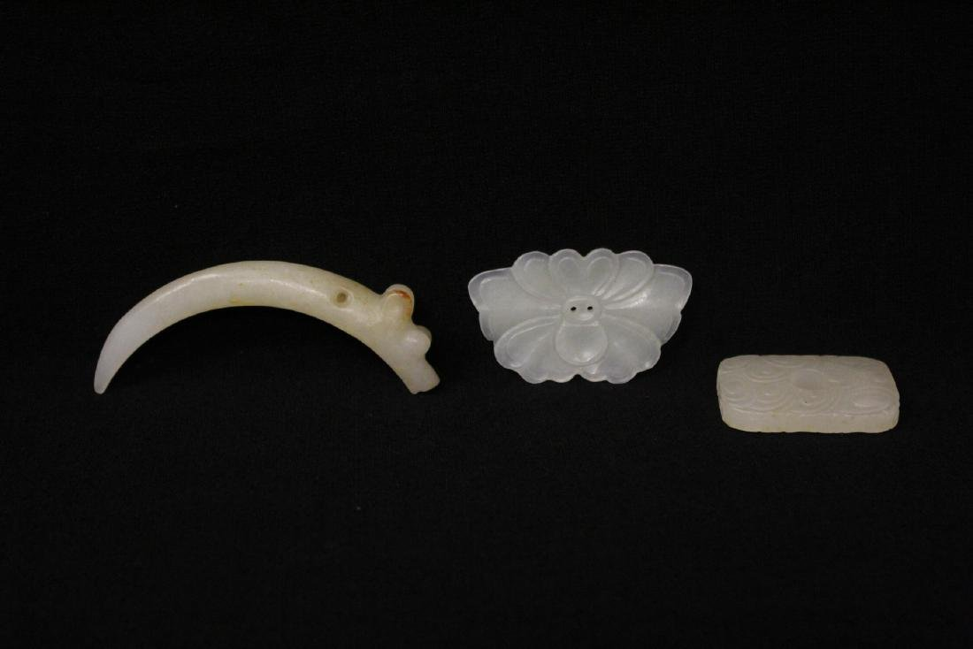 3 Chinese white jade carved ornaments
