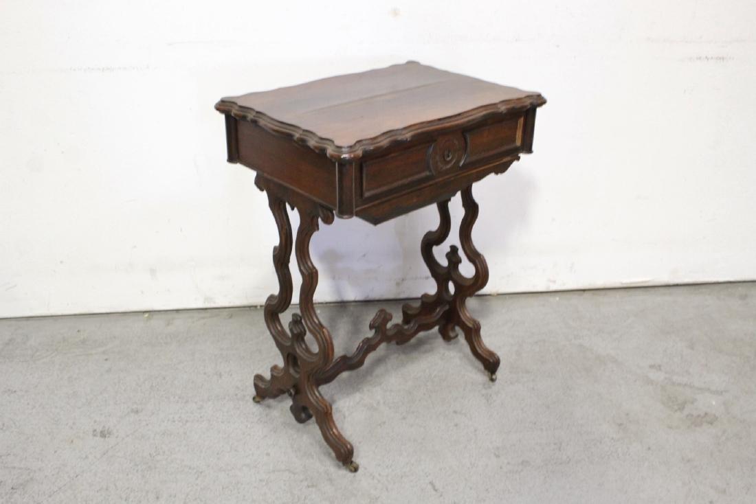 A Beautiful Victorian walnut sewing stand - 4