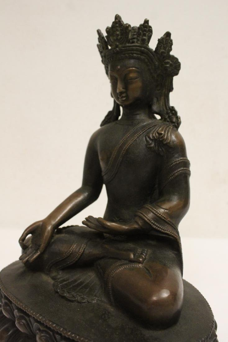 Chinese bronze sculpture of seated Buddha - 9